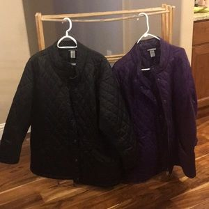 Women's zippered and snaps jacket.