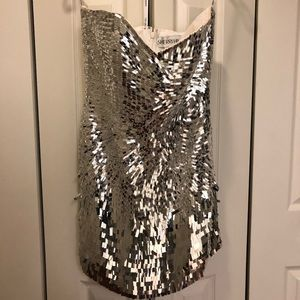 SHERRI HILL SILVER SEQUIN MINI DRESS