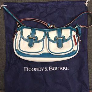 Dooney and Bourke Shoulder Leather Bag
