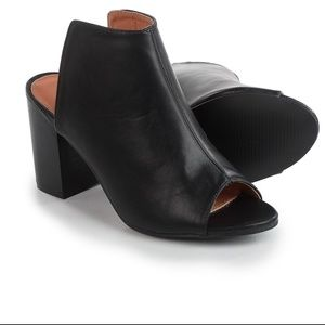 Womens YOKI Brittaa Chunky Heel Slip On Shoe