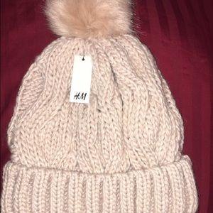 Women's H&M winter hat