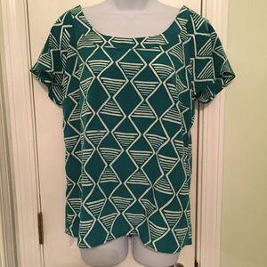 Old Navy Short Sleeve Teal Geometric Shape Shirt