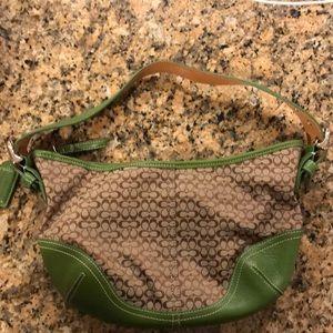 🎁Rare green authentic coach shoulder bag