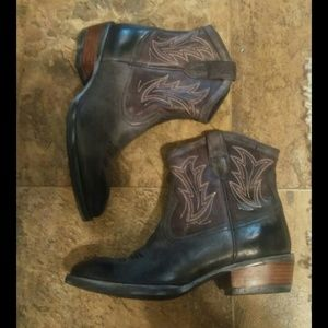 New Ariat Cowboy Boots 7.5