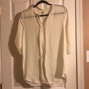 Cream 3/4 sleeve blouse