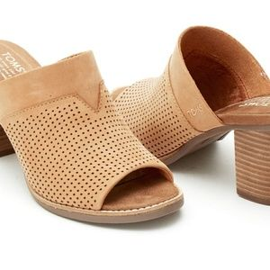 TOM'S Perforated Mule