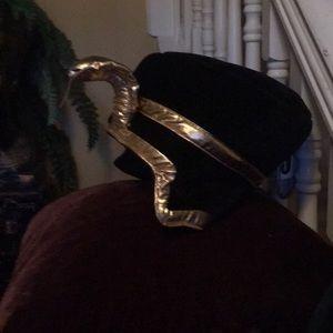 Cleopatra head dress