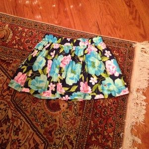 Hollister mini floral skirt