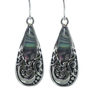 🆕 Teardrop dangle abalone fishhook earrings.