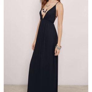 Tobi Black Maxi Dress (Super cute back!)