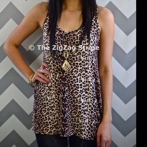 The ZigZag Stripe Leopard Day To Day Tank