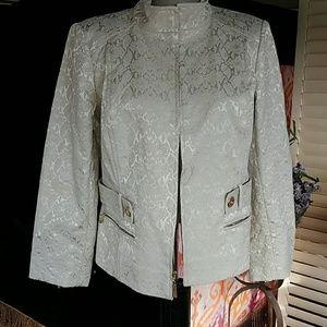 St. JOHN sz 10 M blazer