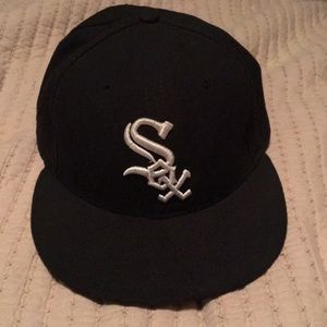 Other - Chicago White Sox Fitted Hat