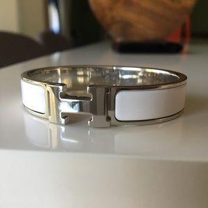 Authentic Hermes Clic clac H bracelet PM white