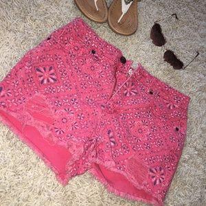 Retro pink shorts
