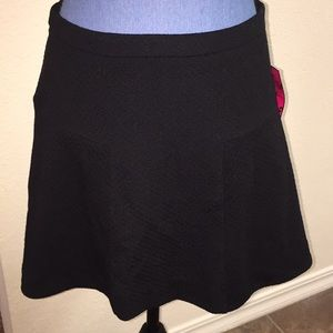 NWT Candies Seamed Black Skirt with Gold Zipper