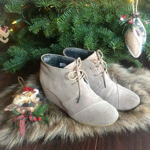 Toms Desert suede taupe grey