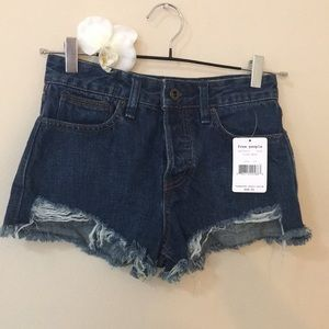 nwt // free people logans distressed denim shorts