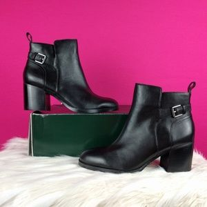 Lauren Ralph Lauren size 7.5 leather booties black