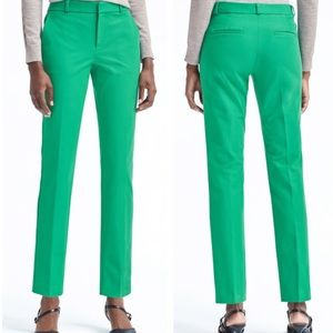 Banana Republic • Shamrock green ryan fit trousers