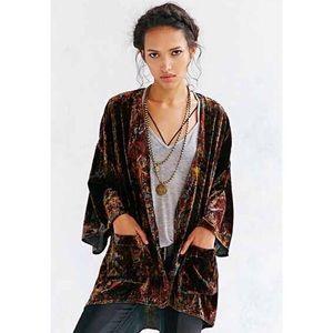 Ecote Velvet Kimono