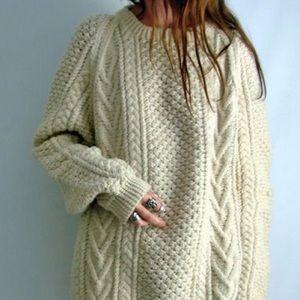 Vintage • Chunky knit oversized Irish sweater