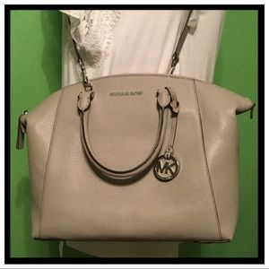 NWT Michael Kors Riley Large Satchel