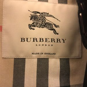 AUTHENTIC Burberry Prorsum trench