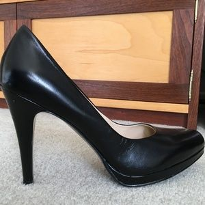 9-1/2 Nine West Kristal Platform Pumps Blk Leather