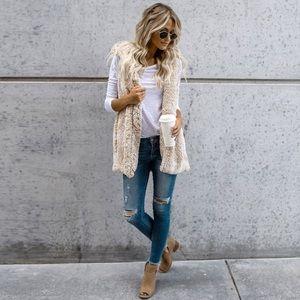 Jackets & Blazers - 🚨ONLY ONE LEFT🚨Faux fur vest