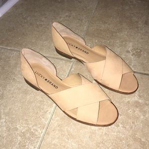 Lucky brand never worn size 6 sandals