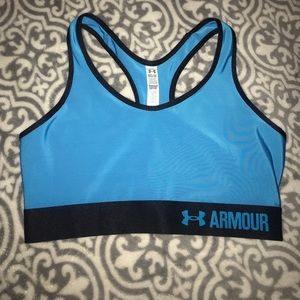 Under Armour Sports Bra NEVER USED
