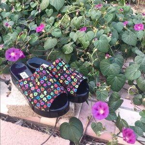 🌸 Vintage floral platform sandals 🌸