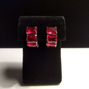 Vtg. Beautiful Ruby Rhinestone Earrings