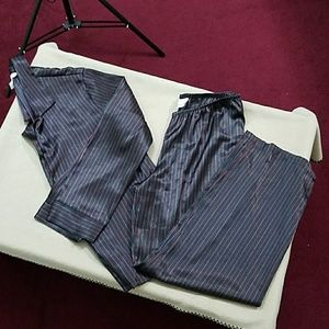 Gilligan & O'malley black pin stripped pajama set