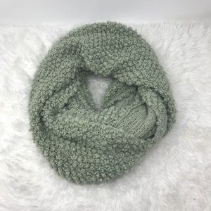 UO Staring At Stars Boulce Knit Infinity Scarf