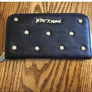 NWOT BETSEY JOHNSON WALLET NEVER CARRIED!