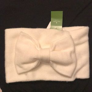 New with Tags Kate Spade Cream Bow Neck Warmer