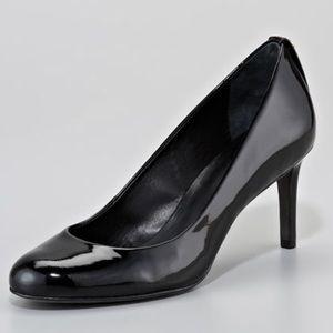 Tory Burch Leah Mid Heel Black Patent Pump Size 9