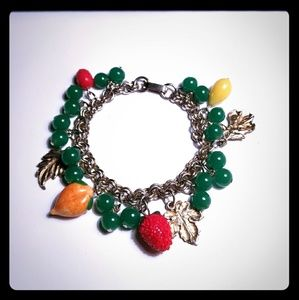 🍎 Vtg. Awesome Glass Fruit Charm Bracelet