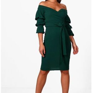 Forest green off the shoulder ruffle sleeve dress