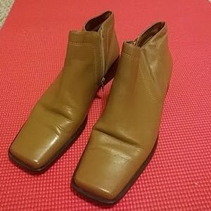 Leather shoe / boot