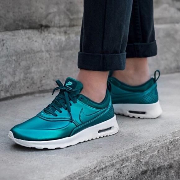 NWOT Nike Air Max Thea SE Metallic Teal