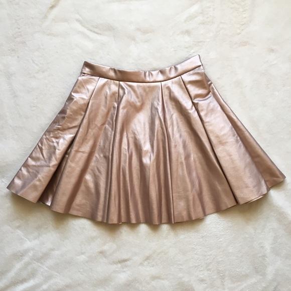 e132ce3e4 S Worn Once Rose Gold Pleated Skirt. Bar III. M_5a2f25304225be72b100ad84.  M_5a2f2532f0137dfbb900994d. M_5a2f25337f0a05108f009b40.  M_5a341cb9c9fcdfa1d500d84b