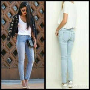 🎅LAST ONE Brandy Melville High Rise Skinny Jeans