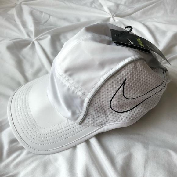 8b0ef0f89be Women s Nike Aerobill Running Cap Hat