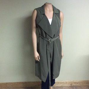No sleeve olive green blazer trench