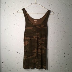 Mossimo camouflage tank L