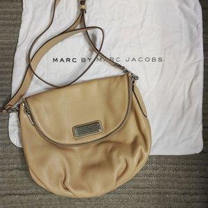 Marc Jacobs New Q Natasha Crossbody Bag
