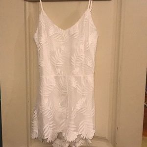 White lace romper - NEVER WORN